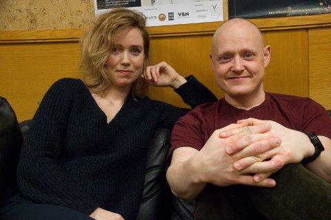DIGITALT-TEATER: Skuespiller Rikke W. Lie og teatersjef Morten Joachim.