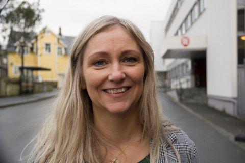 FORNØYD KINOSJEF: -Sævik Olsen hadde forventet et høyere tap. Nå ser hun fremover. Det er spennende planer i vente for Karmøy kino.