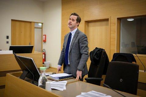 ANKET: Advokat Tore Helseth Høyer er forsvarer for den bedrageridømte haugesunderen, som vant fram med anken over straffeutmålingen til lagmannsretten.