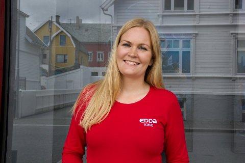 RUSTER OPP: - Vi har hatt nedvask og vedlikehold på Edda kino, og ingen av våre faste ansatte er permitterte, sier kinosjef  Marit Sætre Færevåg.