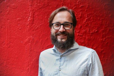 KARTLEGGER: Harald Skoglund Klungtveit fra Skjoldastraumen er redaktør i Filter Nyheter og forfatter. Han følger med på nynazistene i Norge.