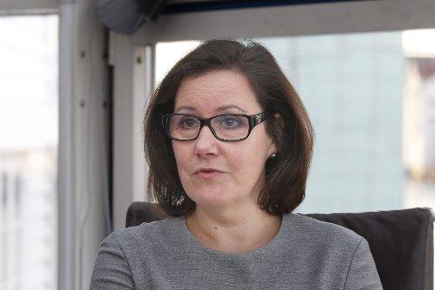 FIBERBRUDD: Haugaland Krafts direktør for kommunikasjon og kundetjenester, Gunn Margareth Lassesen, forteller at Altibox-kunder vil kunne oppleve å dette inn og ut av nettet lørdag.
