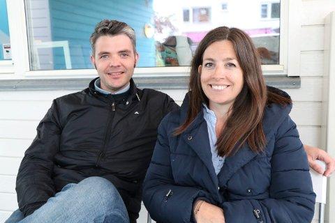 DRAUMEN I STRAUMEN: Ole Jørgen og Siri M. S. Haavelmoen bor i rekkehus i Skåredalen. Nå har de kjøpt seg hytte i Skjoldastraumen og gleder seg til framtidige minner og prosjekter.