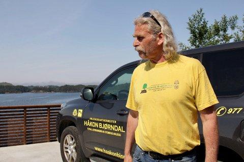 Håkon Bjørndal driver firmaet Anleggsgartnermester Håkon Bjørndal og har sin travleste periode om sommeren.