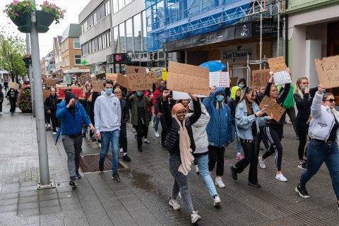 MARKERTE: Nesten alle de oppmøtte i Haugesund var ungdommer. Bla til høyre for å se flere bilder.