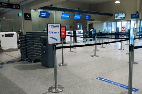 REKKER DET: Fredag lander det et fly fra Malaga på Haugesund lufthavn, Karmøy, bare timer før fristen for karantene går ut.