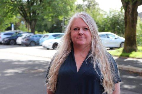 KREVER FLERE STILLINGER: Hovedtillitsvalgt i Norsk Sykepleierforbund i Haugesund, Trine Amalie Mortensen.