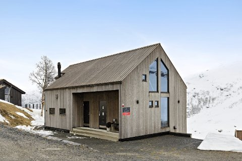 Solgt: Denne hytta i Håradalen ble nylig solgt for 4.925.000 i Håradalen.