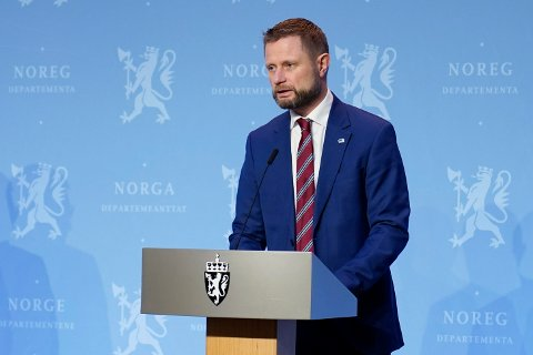 INFORMERTE: Helseminister Bent Høie (H).