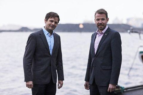 NY PÅ LAGET: Kommersiell sjef Hans Petter Øvrevik sammen med administrerende direktør i Deep Wind Offshore Knut Vassbotn.
