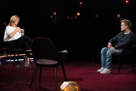 GJEST: Jesper Saltvik Pedersen fra Åkra gjester Anne Lindmo på NRK1 fredag kveld.