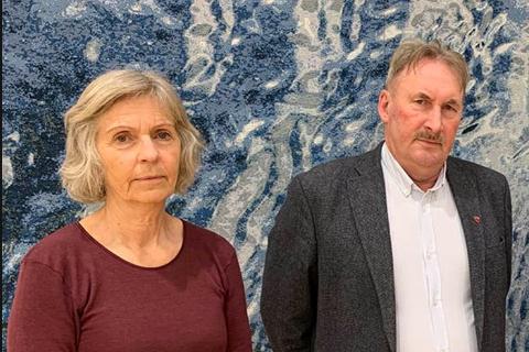 OPPHEVER LOKAL FORSKRIFT: Kommuneoverlege Kjersti Follesø og ordfører Sammy Olsen i Bømlo kommune.