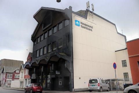 E-POST: En skummel e-post ble sendt ut til flere av Haugesund Sparebanks kunder og ansatte mandag.