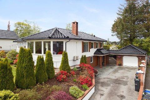NYTT: Stadig flere vanlige hus går godt over prisantydning.