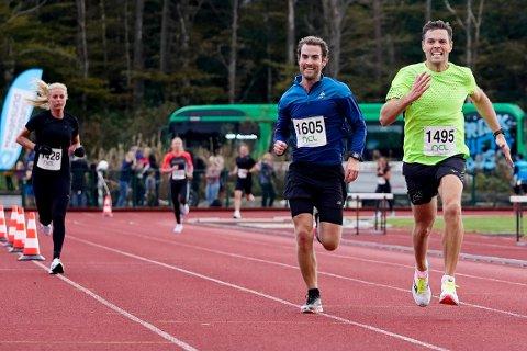 HEIA, HEIA: Her konkurrerer Magnus Svaneberg (t.v.) og Kristian Ytreland om å komme først i mål på Djupadalten i fjor.