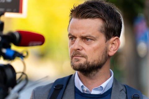 LENGSTE AVHØR: Advokat Stian Kristensen utenfor politihuset i Stavanger.