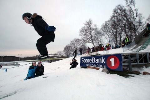 10. klassingen Eskil Savjord Nykmark (15)var først ut i hoppbakken på Søvik.