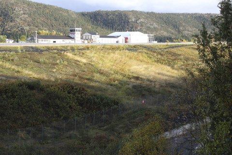 Utsikter: Urbanets rapport anbefaler at dagens struktur beholdes, inkludert Mosjøen lufthavn Kjærstad. Møreforsking har kommer fram til at passasjergrunnlaget for Hauan er tre store jetfly hver virkedag. Foto: Jon Steinar Linga