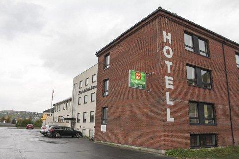 Kan bli asylmottak: Lyngengården hotell er et av sju steder i Nord-Norge hvor det kan bli etablert asylmottak i desember.