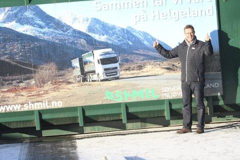 Vil ta toget: Håkon Johansen i SHMIL vil gjerne frakte restavfall og trevirke med godstoget fra Mosjøen. Foto: JSL.