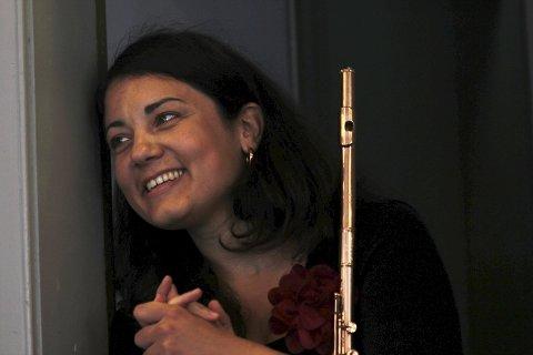 Fløytisten: Saska Cvijanovic får selskap av Richard Olsen, Håkon Skog Erlandsen og Håkon Drevland når Kauk-kompaniet debuterer.