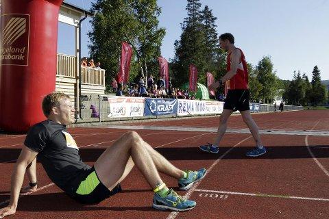 Alt for mila: Tarjei Solli (Drevja IL) kom først i mål under Kippermomila, og danket ut Kjell Arne Trælnes (Sømna IL) med sju sekunder. Totalt ble det registrert 205 deltakere. Foto: stine Skipnes
