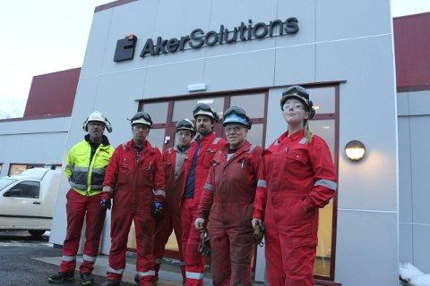 Ansatte: ved Aker Solutions på Strendene i Sandnessjøen. Fra venstre: Kyrre Bergquist, Åge Valla, Håkon Torrissen, Øystein Meisfjord, Geir Tommy Hammerhaug og Frida Karlsen.