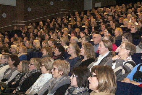 Løft i hverdagen: Lydiadagen er et populært arrangement i Mosjøen og salen er ofte fullsatt. Her fra Lydiadagen i 2014. Foto: Asbjørg Sande