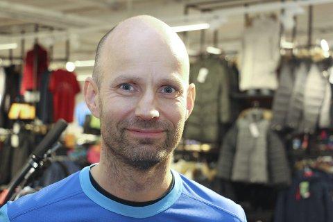 Raymond Nilssen (46) Sandnessjøen – Mere penger til distriktene, til samferdsel og til politi. Det er for mye sentralisering.