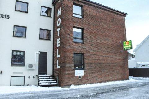 USIKKER FRAMTID: UDI forlenger ikke avtalen med Hero om videre drift av akuttmottak ved Lyngengården hotell i Mosjøen. Foto: Vegard Olsen