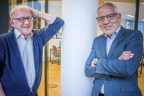 Energi: Tidligere rektor og professor Frode Mellemvik og universitetsdirektør Stig Fossum beskriver en relasjon med mye energi, stå på vilje og ikke minst humor. Når de tenker tilbake på en årelang prosess mot å få et universitet i Bodø, synes begge at det har vært mye moro, på tross av mange kamper.