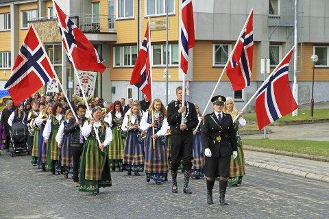 FEIRING: Årets 17. mai-feiring kommer til å utspille seg svært annerledes enn det nordmenn er vant til.
