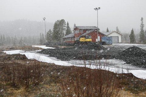 UTBEDRING: På selve skistadion blir det lagt duk og fylt på med masse. Ute i løypene blir det en del endringer slik at løypene kan FIS-godkjennes.  FOTO: PER VIKAN