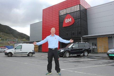 Tommy Teodorsen, daglig leder ved Flokkmann er godt fornøyd med det høye søkertallet.