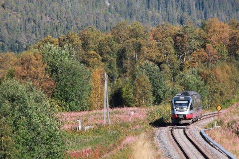 Toget må kjøre sakte mellom Trofors og Mosjøen.