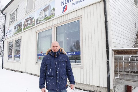 Faglig leder Frode Thomassen ved Norgeshus Boligspesialisten på Halsøy.