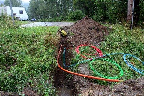 Fiberkabler: Nå har Grane kommune lagd retningslinjer for videre utbygging av fiber på dugnad
