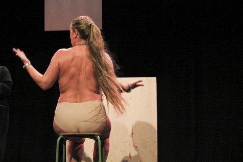 Nakent: Tina Kirkerød Forfang i en av de mest frilynte scenene.