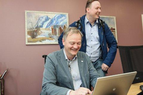 Lokalpolitikerne Jørn Clausen (t.v.)  og Rune Krutå mener begge at Vefsn kommune må skaffe seg økt økonomisk handlingsrom.