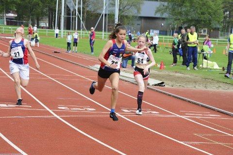 Imponerte: Sigrid Forsmo Kapskarmo fra Hattfjelldal ble nummer fire på 60-meteren, men vant lengde og ble nummer to i høyde.