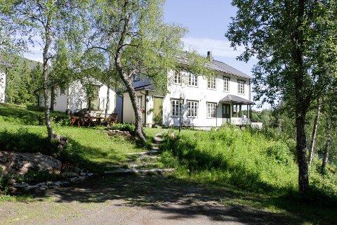 Laksforsvillaen: vi venter på å få bygget godkjent som overnattingssted, forteller Inger Laksfors.