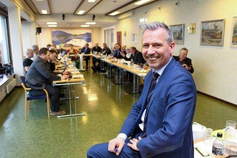 Bård Anders Langø og kommunestyret i Alstahaug