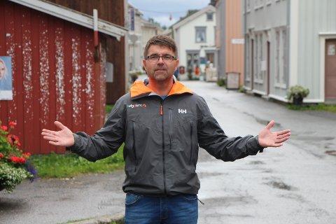 Fornøyd: Daglig leder Frank Vollan i Helgeland event har mye positivt å si om årets Tiendebytte, og vil til neste år ha med enda mer kystkultur og samiske produkter.