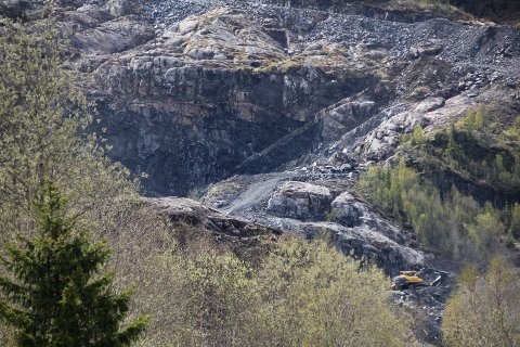 FORSMOLIA: Fra Forsmolia steinbrudd, nær Båthola og E6 like nord for Mosjøen