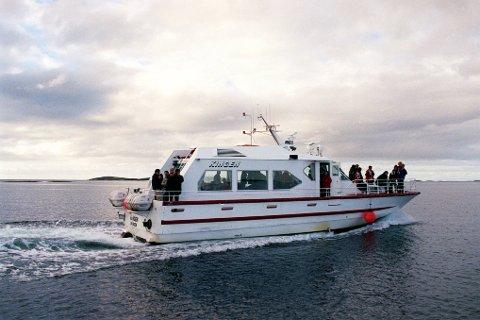 Skipperen på Kingen døde underveis fra Vandve til Solfjellsjøen.