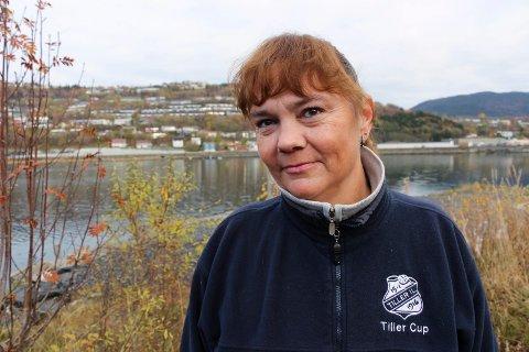 KLAR TALE: - Jeg skjønner ikke Svendsens rolle i møtet med departementet, sier vefsningen Hanne Dyveke Søttar, Stortingsrepresentant for Nordland Frp.