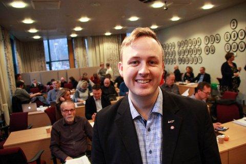 TAUTREKKING: Partileder Rune Krutå fotografert i kommunestyresalen onsdag.
