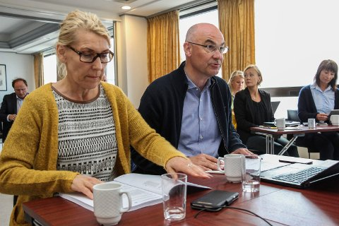 Styremøte i Helgelandsykehuset: Styreleder Dag Hårstad og administrerende direktør Hulda Gunnlaugsdóttir