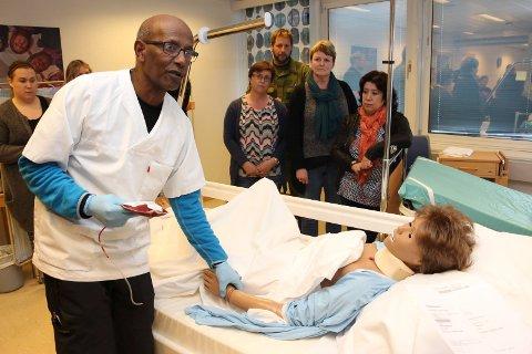 Mohamed Ziedoy mener at må folk samles om et felles sykehusmål sør for Korgfjellet langs aksen Sandnessjøen – Mosjøen.