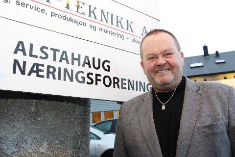 VIL BLI RÅDMANN: Sverre Knut Andresen har vært leder i Alstahaug næringsforening. Nå søker han jobben som rådmann i Herøy kommune.